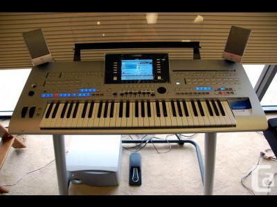 Varios Electronica Yamaha Tyros2 61-Key Keyboard Workstation